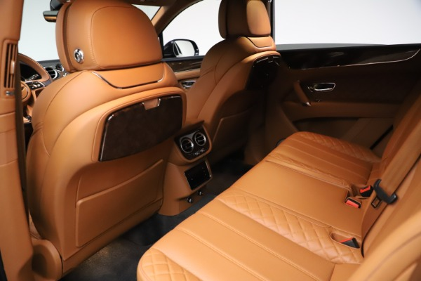 Used 2017 Bentley Bentayga W12 for sale $135,900 at Aston Martin of Greenwich in Greenwich CT 06830 21