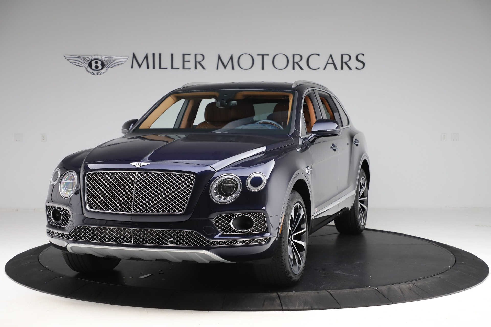 Used 2017 Bentley Bentayga W12 for sale $135,900 at Aston Martin of Greenwich in Greenwich CT 06830 1