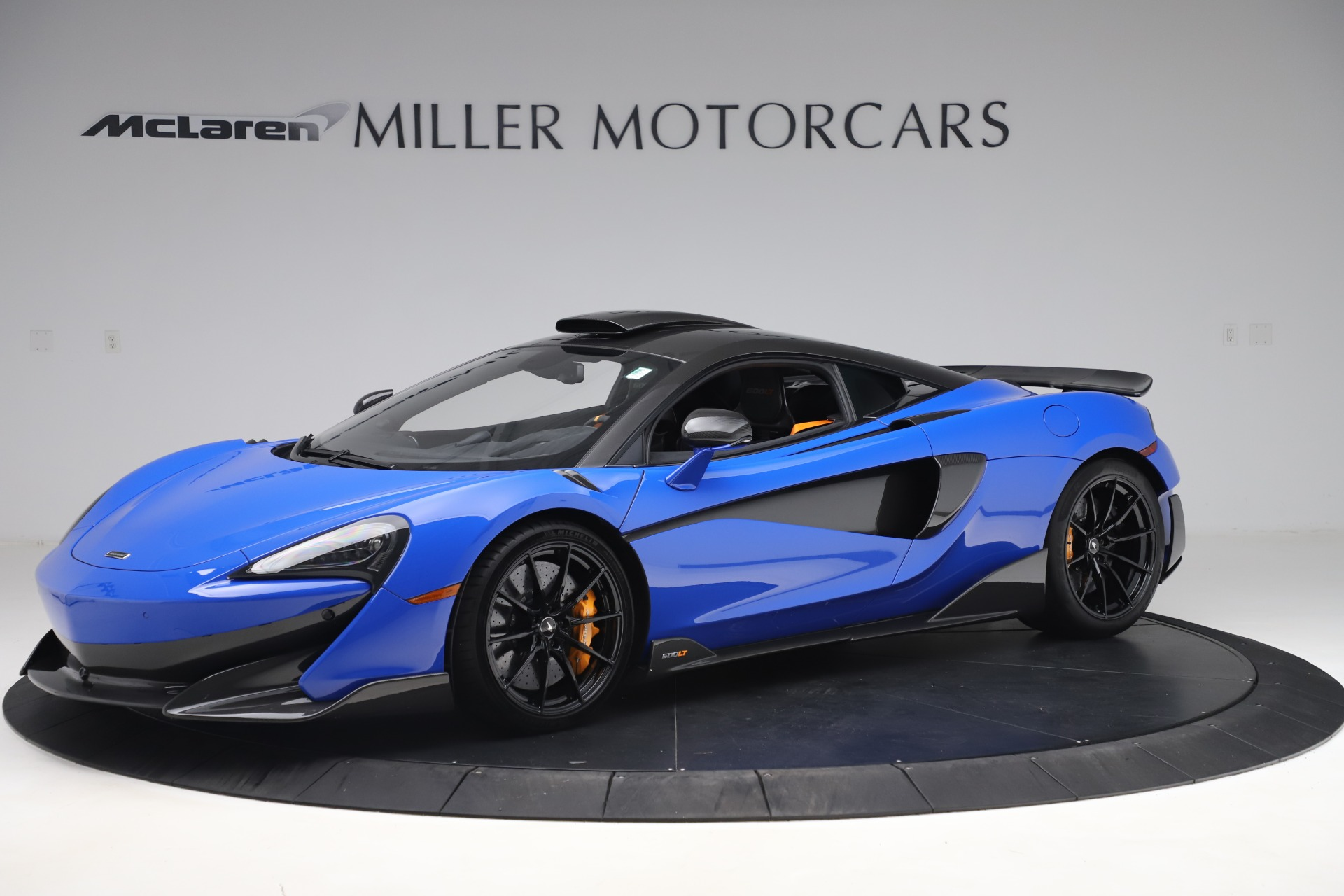 Used 2019 McLaren 600LT for sale $255,900 at Aston Martin of Greenwich in Greenwich CT 06830 1