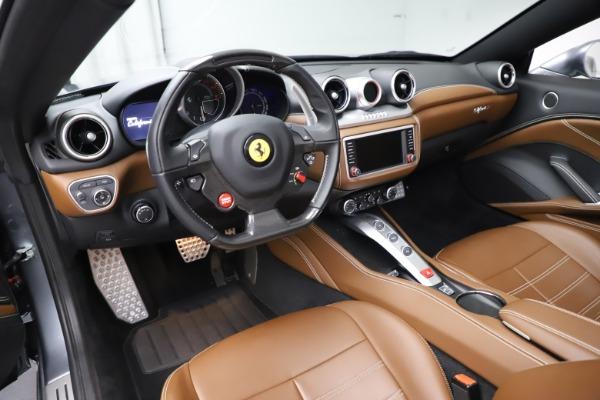 Used 2016 Ferrari California T for sale $142,900 at Aston Martin of Greenwich in Greenwich CT 06830 25