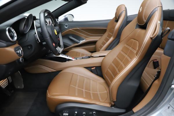 Used 2016 Ferrari California T for sale $142,900 at Aston Martin of Greenwich in Greenwich CT 06830 26