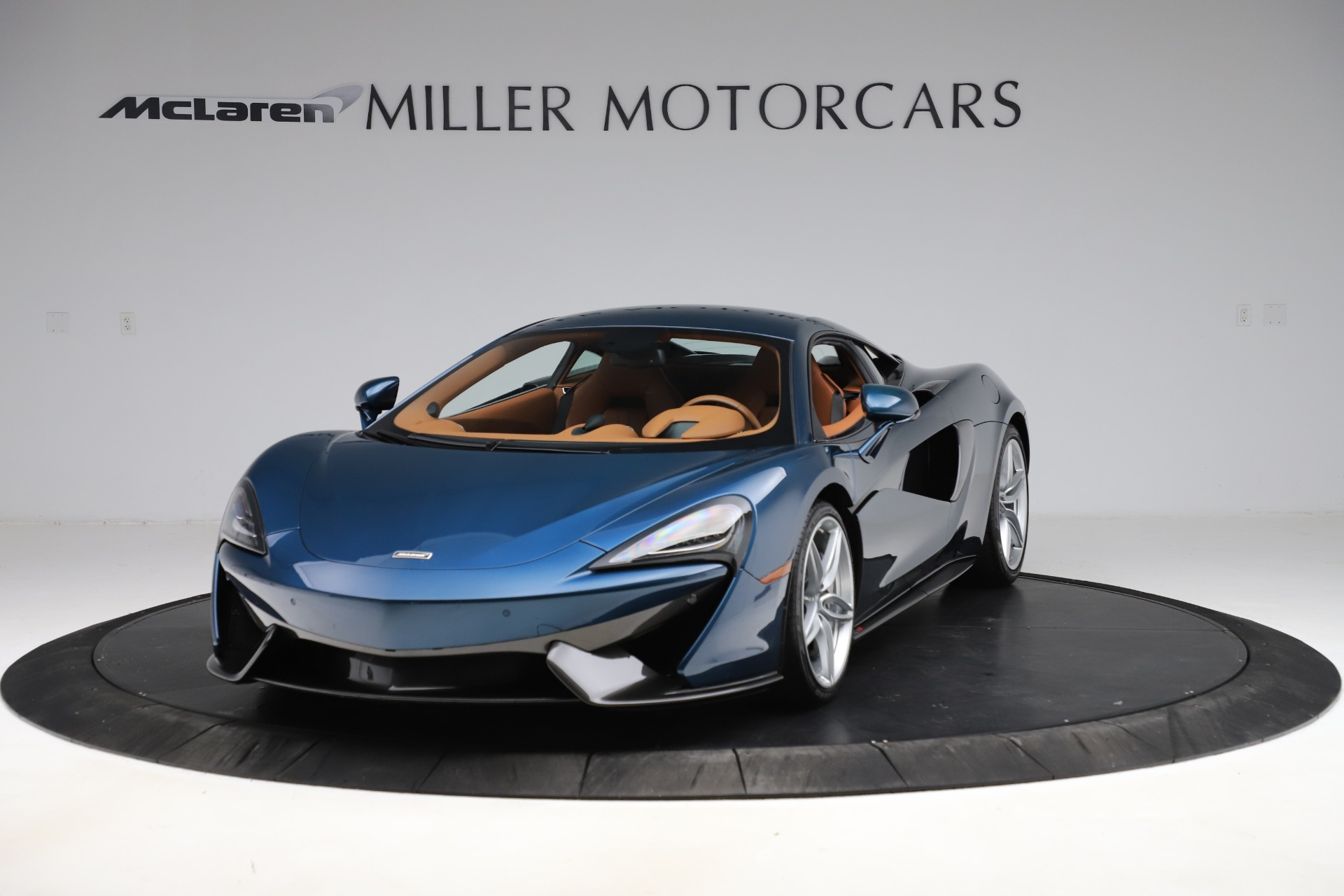 Used 2017 McLaren 570S for sale $149,900 at Aston Martin of Greenwich in Greenwich CT 06830 1
