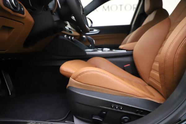 New 2020 Alfa Romeo Giulia Ti Sport Q4 for sale $54,995 at Aston Martin of Greenwich in Greenwich CT 06830 14