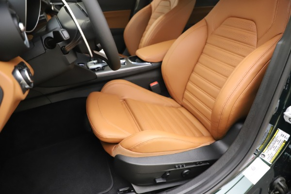 New 2020 Alfa Romeo Giulia Ti Sport Q4 for sale $54,995 at Aston Martin of Greenwich in Greenwich CT 06830 15