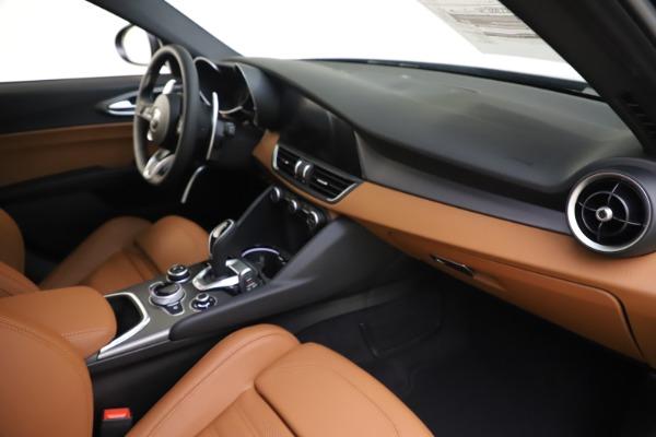 New 2020 Alfa Romeo Giulia Ti Sport Q4 for sale $54,995 at Aston Martin of Greenwich in Greenwich CT 06830 22