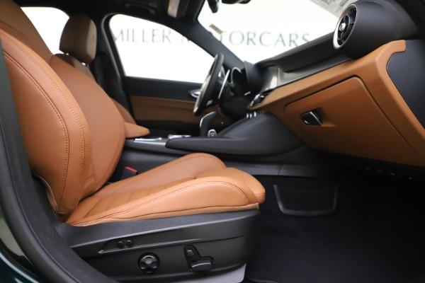 New 2020 Alfa Romeo Giulia Ti Sport Q4 for sale $54,995 at Aston Martin of Greenwich in Greenwich CT 06830 23
