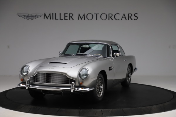Used 1964 Aston Martin DB5 for sale Call for price at Aston Martin of Greenwich in Greenwich CT 06830 2