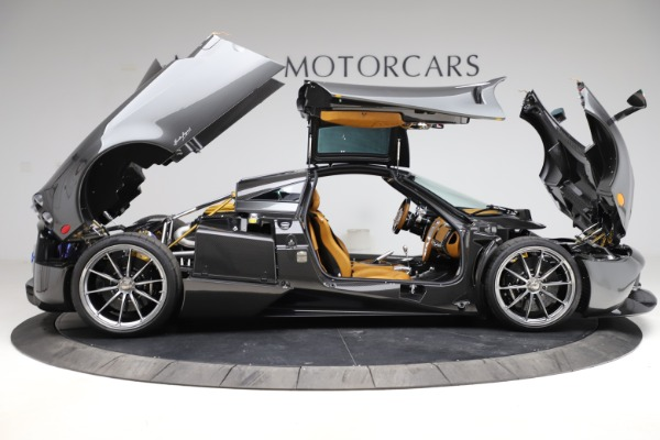 Used 2014 Pagani Huayra Tempesta for sale $2,195,000 at Aston Martin of Greenwich in Greenwich CT 06830 22