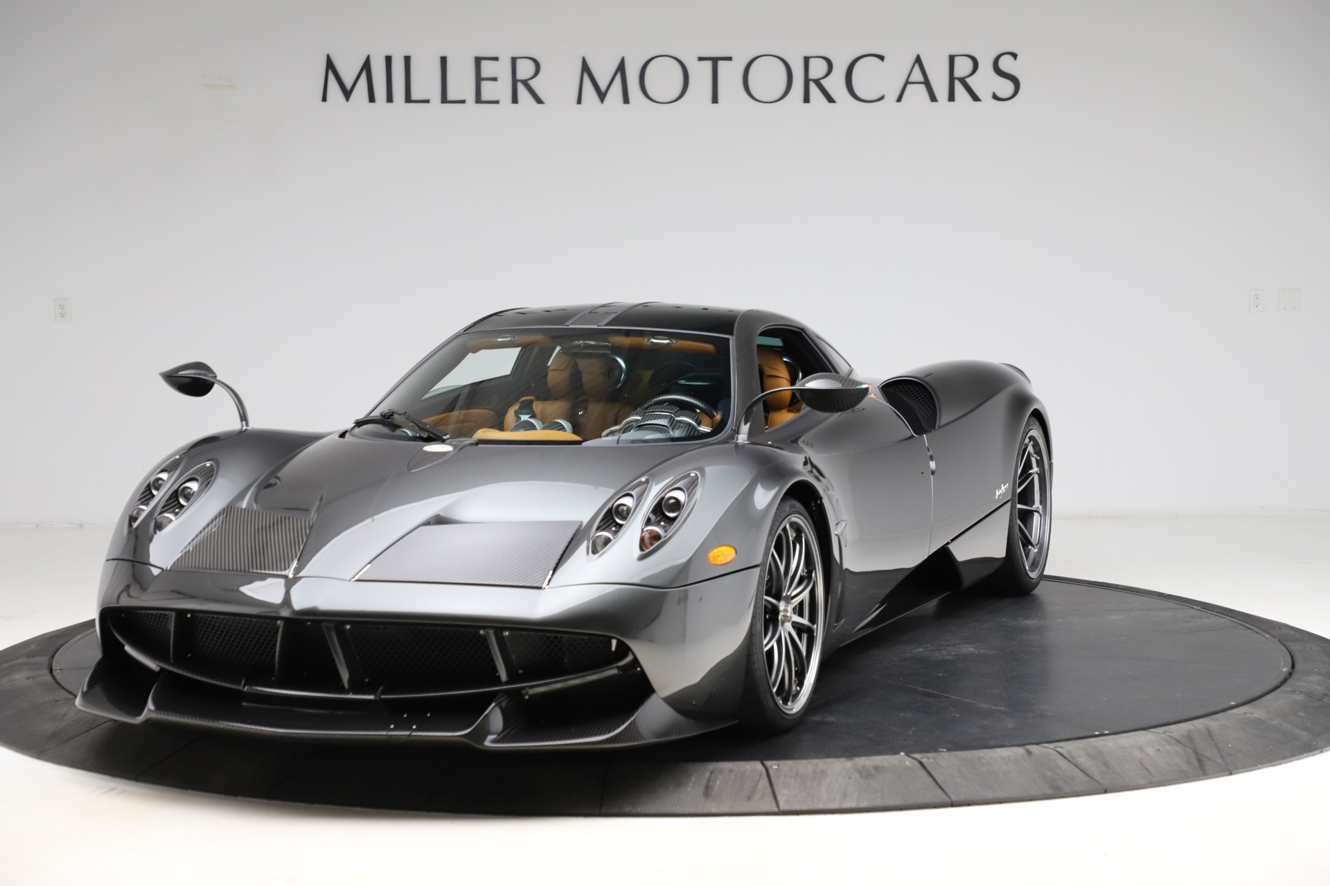 Used 2014 Pagani Huayra Tempesta for sale $2,195,000 at Aston Martin of Greenwich in Greenwich CT 06830 1