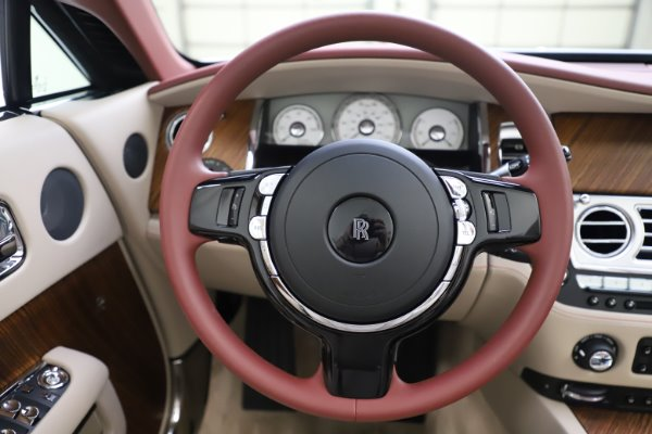 Used 2016 Rolls-Royce Dawn for sale $239,900 at Aston Martin of Greenwich in Greenwich CT 06830 25
