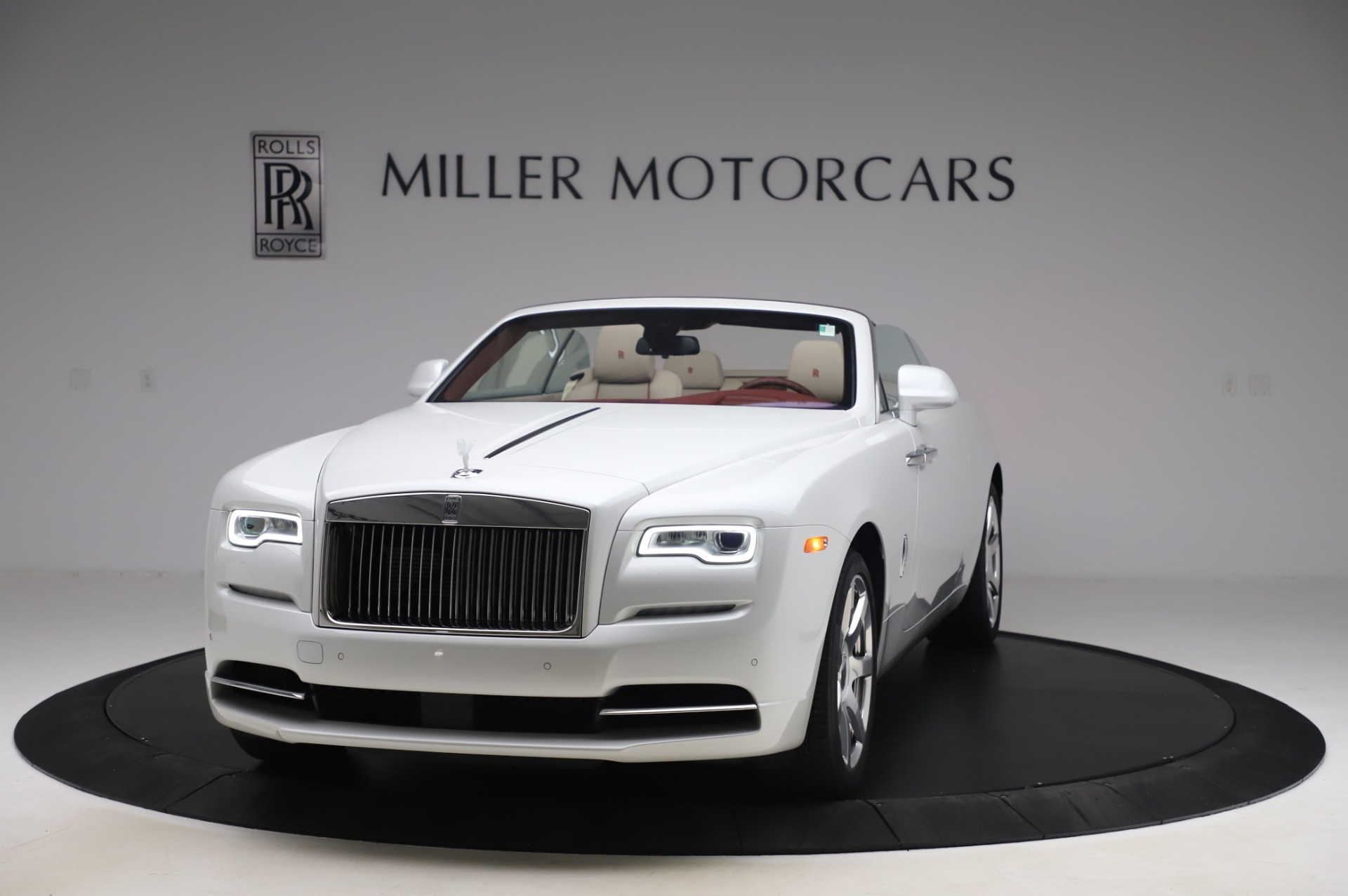 Used 2016 Rolls-Royce Dawn for sale $239,900 at Aston Martin of Greenwich in Greenwich CT 06830 1