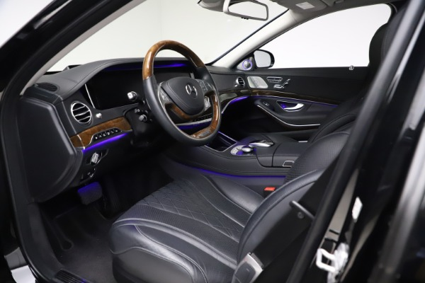 Used 2016 Mercedes-Benz S-Class Mercedes-Maybach S 600 for sale $87,900 at Aston Martin of Greenwich in Greenwich CT 06830 21