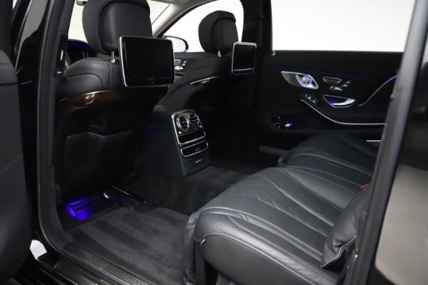 Used 2016 Mercedes-Benz S-Class Mercedes-Maybach S 600 for sale $87,900 at Aston Martin of Greenwich in Greenwich CT 06830 26