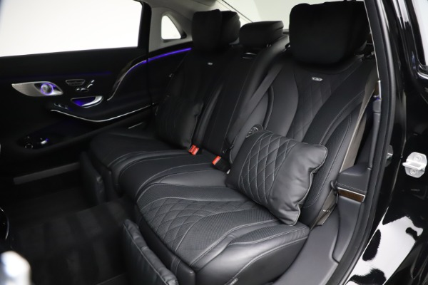Used 2016 Mercedes-Benz S-Class Mercedes-Maybach S 600 for sale $87,900 at Aston Martin of Greenwich in Greenwich CT 06830 28