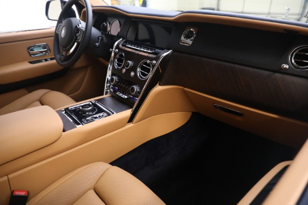 Used 2020 Rolls-Royce Cullinan for sale Call for price at Aston Martin of Greenwich in Greenwich CT 06830 16