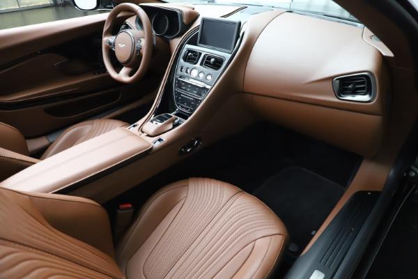 New 2020 Aston Martin DB11 Volante Volante for sale $264,266 at Aston Martin of Greenwich in Greenwich CT 06830 18