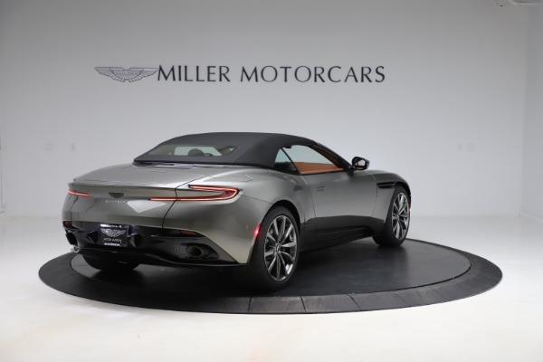 New 2020 Aston Martin DB11 Volante Volante for sale $264,266 at Aston Martin of Greenwich in Greenwich CT 06830 24