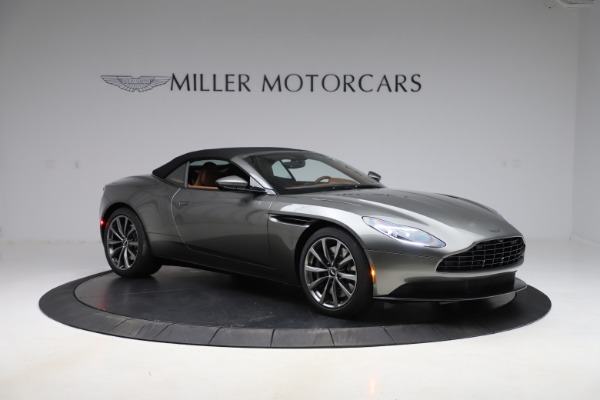 New 2020 Aston Martin DB11 Volante Convertible for sale $264,266 at Aston Martin of Greenwich in Greenwich CT 06830 25