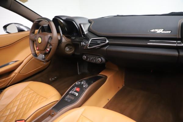 Used 2012 Ferrari 458 Spider for sale $176,900 at Aston Martin of Greenwich in Greenwich CT 06830 24