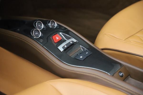 Used 2012 Ferrari 458 Spider for sale $176,900 at Aston Martin of Greenwich in Greenwich CT 06830 27