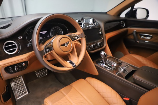 Used 2017 Bentley Bentayga W12 for sale $149,900 at Aston Martin of Greenwich in Greenwich CT 06830 15