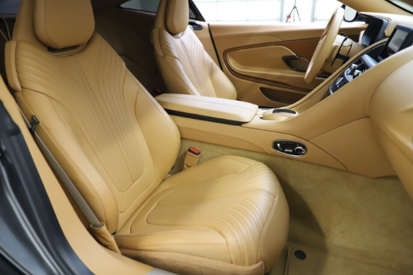 Used 2017 Aston Martin DB11 V12 for sale $131,900 at Aston Martin of Greenwich in Greenwich CT 06830 20