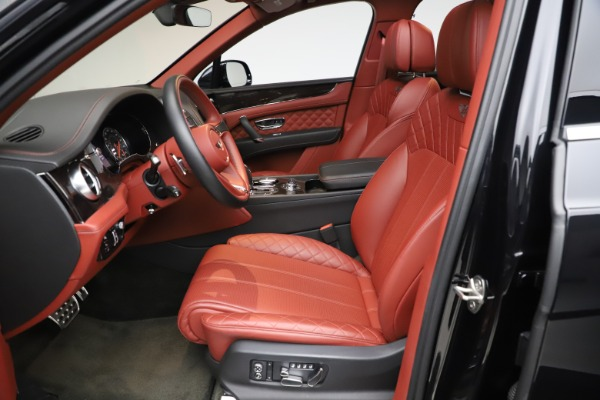 Used 2017 Bentley Bentayga W12 for sale $145,900 at Aston Martin of Greenwich in Greenwich CT 06830 18