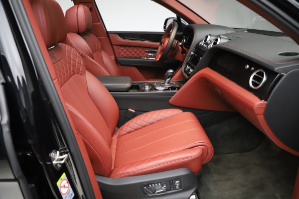 Used 2017 Bentley Bentayga W12 for sale $145,900 at Aston Martin of Greenwich in Greenwich CT 06830 26