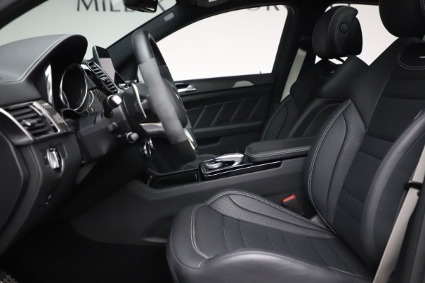 Used 2019 Mercedes-Benz GLE AMG GLE 63 S for sale $87,900 at Aston Martin of Greenwich in Greenwich CT 06830 14