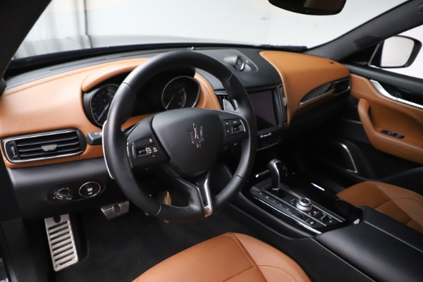 Used 2018 Maserati Levante GranSport for sale Sold at Aston Martin of Greenwich in Greenwich CT 06830 13