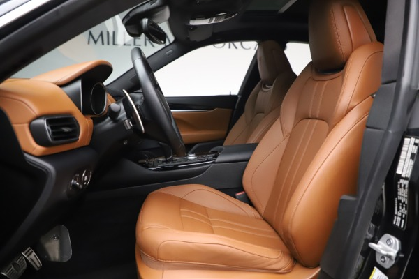 Used 2018 Maserati Levante GranSport for sale Sold at Aston Martin of Greenwich in Greenwich CT 06830 14