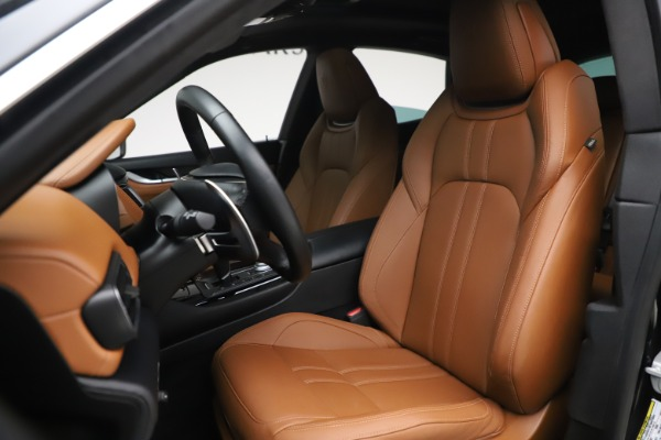 Used 2018 Maserati Levante GranSport for sale Sold at Aston Martin of Greenwich in Greenwich CT 06830 15