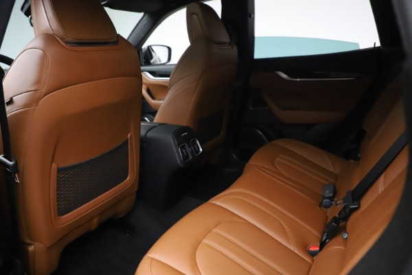 Used 2018 Maserati Levante GranSport for sale Sold at Aston Martin of Greenwich in Greenwich CT 06830 18