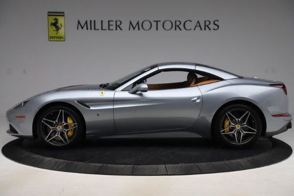 Used 2017 Ferrari California T for sale Sold at Aston Martin of Greenwich in Greenwich CT 06830 15
