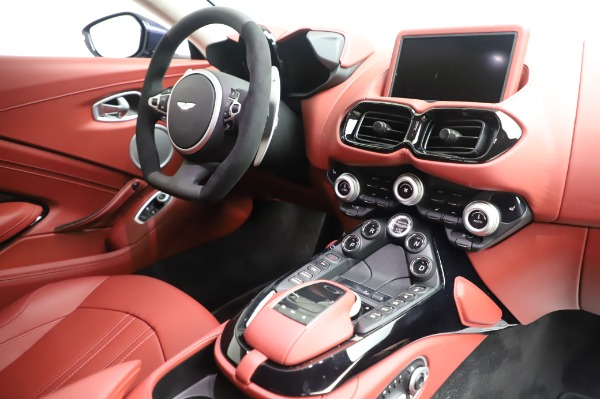 New 2020 Aston Martin Vantage for sale $177,481 at Aston Martin of Greenwich in Greenwich CT 06830 18
