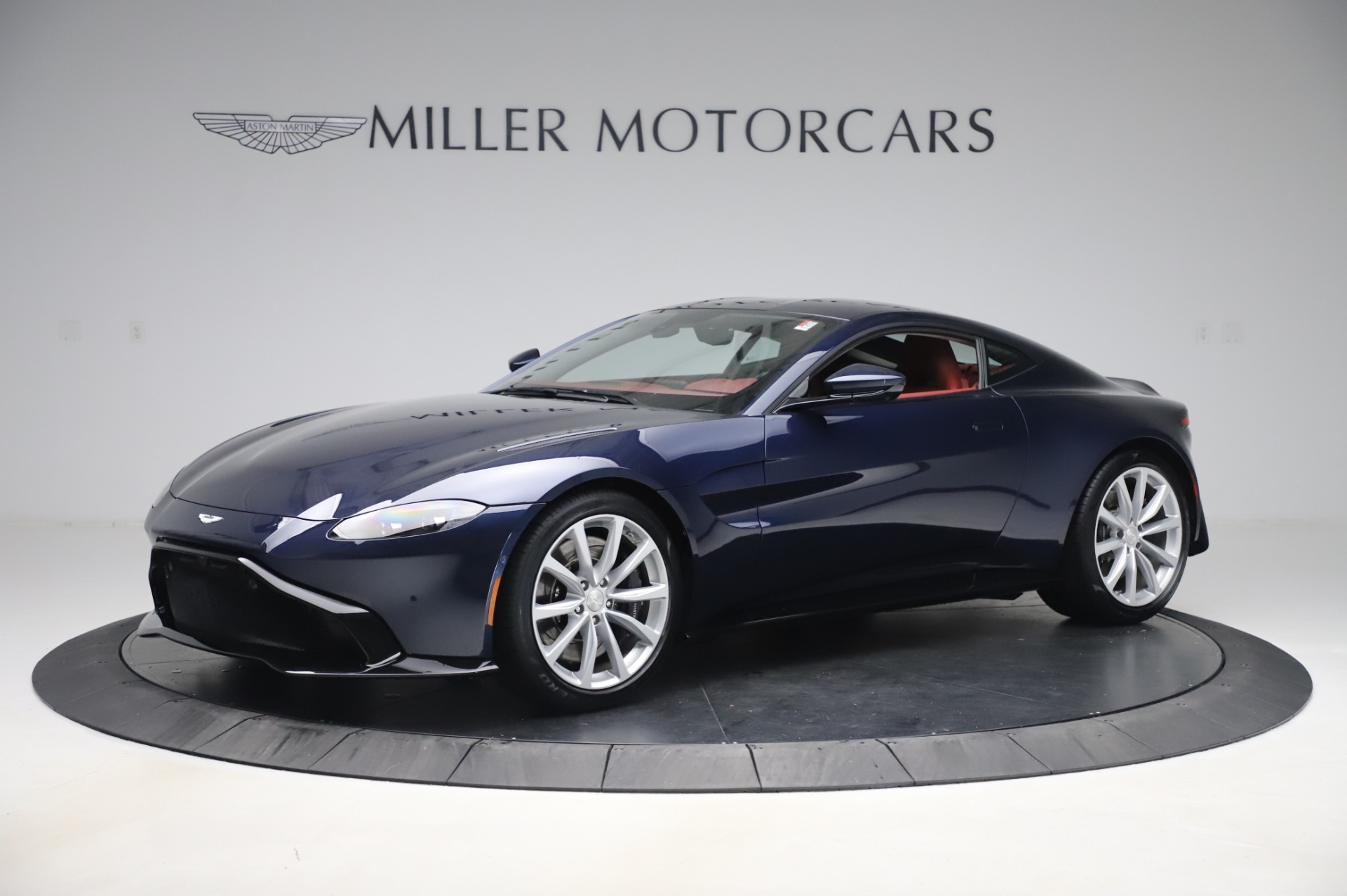 New 2020 Aston Martin Vantage for sale $177,481 at Aston Martin of Greenwich in Greenwich CT 06830 1