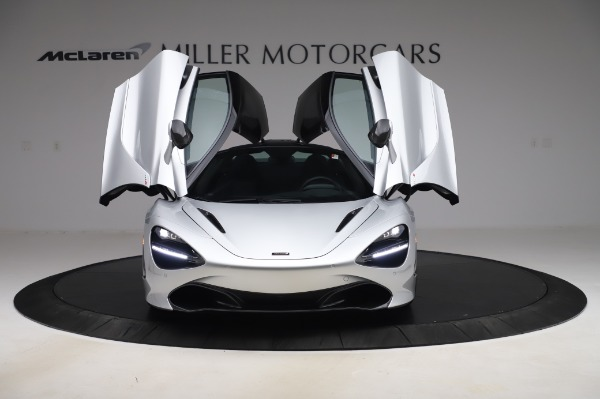 New 2020 McLaren 720S Performance for sale $347,550 at Aston Martin of Greenwich in Greenwich CT 06830 9