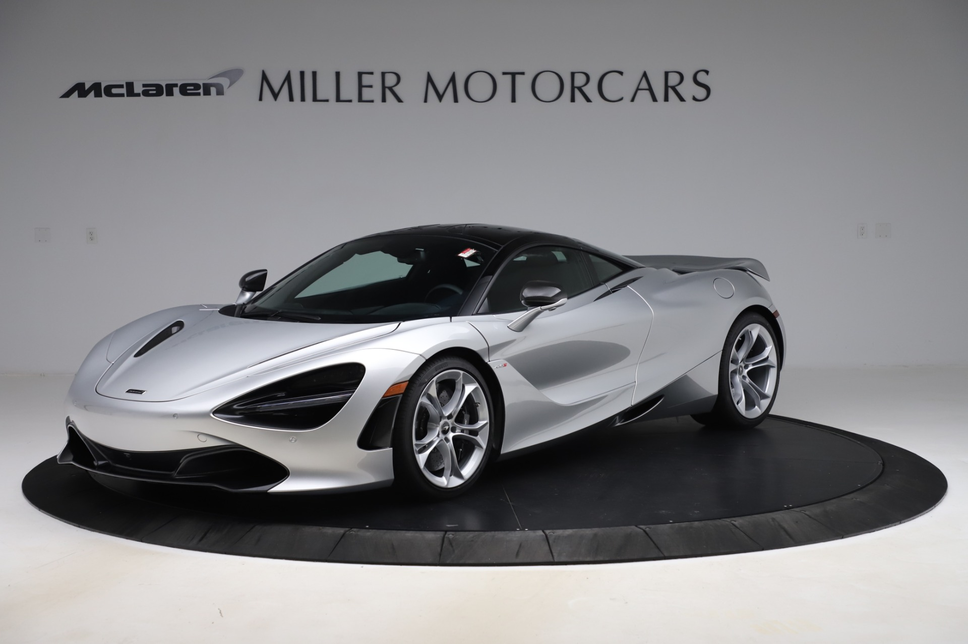 New 2020 McLaren 720S Performance for sale $347,550 at Aston Martin of Greenwich in Greenwich CT 06830 1
