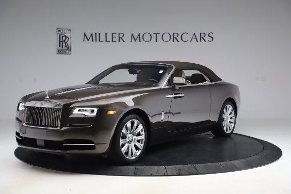Used 2017 Rolls-Royce Dawn Base for sale $248,900 at Aston Martin of Greenwich in Greenwich CT 06830 13
