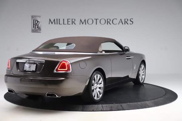 Used 2017 Rolls-Royce Dawn for sale $255,900 at Aston Martin of Greenwich in Greenwich CT 06830 17