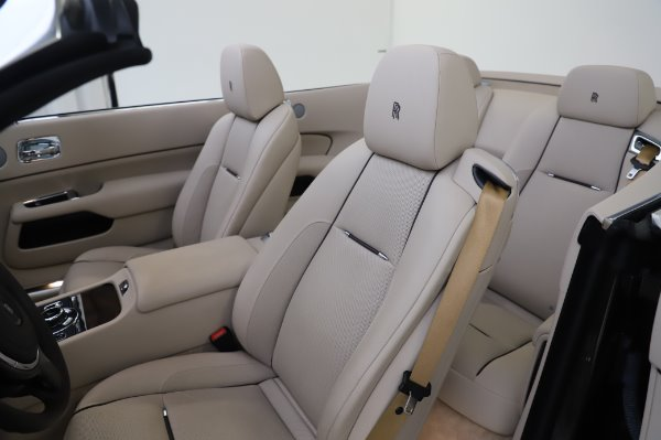 Used 2017 Rolls-Royce Dawn Base for sale $248,900 at Aston Martin of Greenwich in Greenwich CT 06830 21