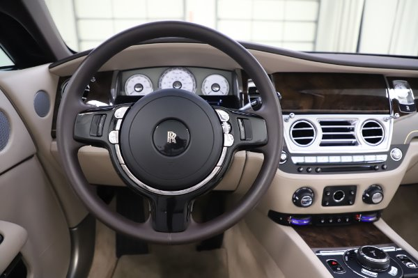 Used 2017 Rolls-Royce Dawn Base for sale $248,900 at Aston Martin of Greenwich in Greenwich CT 06830 25
