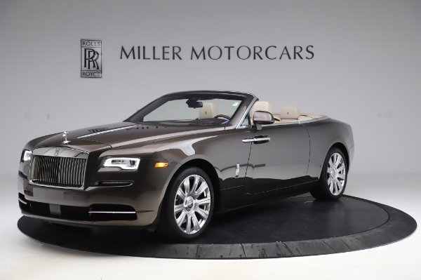 Used 2017 Rolls-Royce Dawn Base for sale $248,900 at Aston Martin of Greenwich in Greenwich CT 06830 3