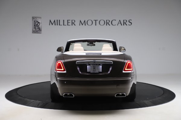 Used 2017 Rolls-Royce Dawn Base for sale $248,900 at Aston Martin of Greenwich in Greenwich CT 06830 6