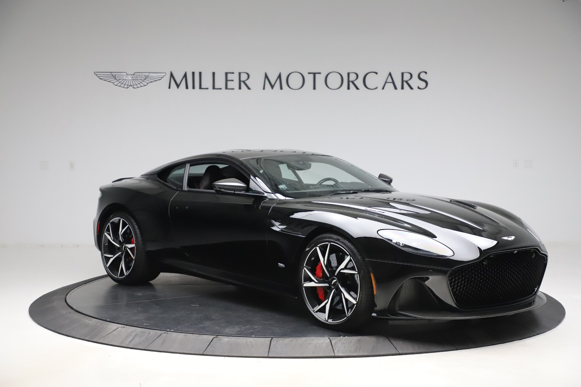 Pre Owned 2019 Aston Martin Dbs Superleggera For Sale Special Pricing Aston Martin Of Greenwich Stock 7834