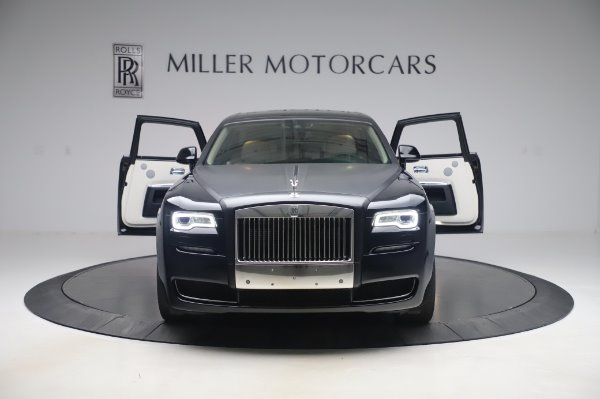 Used 2015 Rolls-Royce Ghost Base for sale Call for price at Aston Martin of Greenwich in Greenwich CT 06830 11