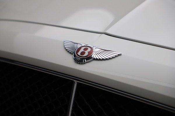 Used 2018 Bentley Flying Spur V8 S for sale $154,900 at Aston Martin of Greenwich in Greenwich CT 06830 14