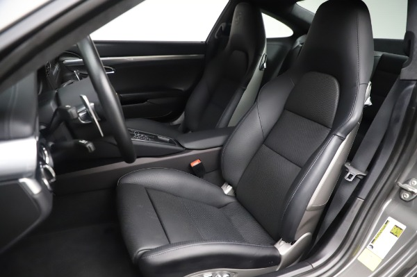 Used 2015 Porsche 911 Turbo for sale $123,900 at Aston Martin of Greenwich in Greenwich CT 06830 15