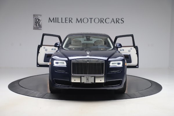 Used 2016 Rolls-Royce Ghost for sale $173,900 at Aston Martin of Greenwich in Greenwich CT 06830 11