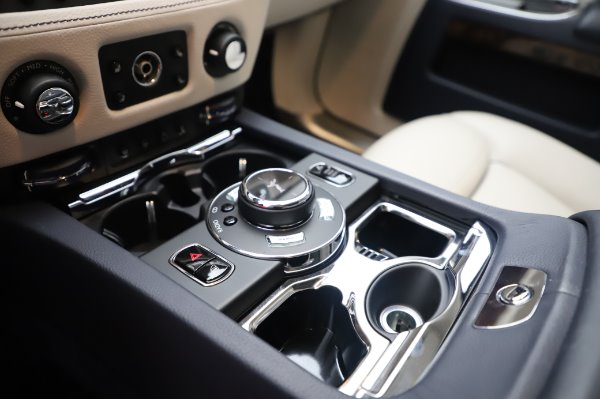 Used 2016 Rolls-Royce Ghost for sale $173,900 at Aston Martin of Greenwich in Greenwich CT 06830 21